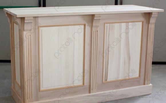 Bancone In Legno Costruito Artigianalmente : Pratelli mobili bancone su misura da negozio in legno grezzo