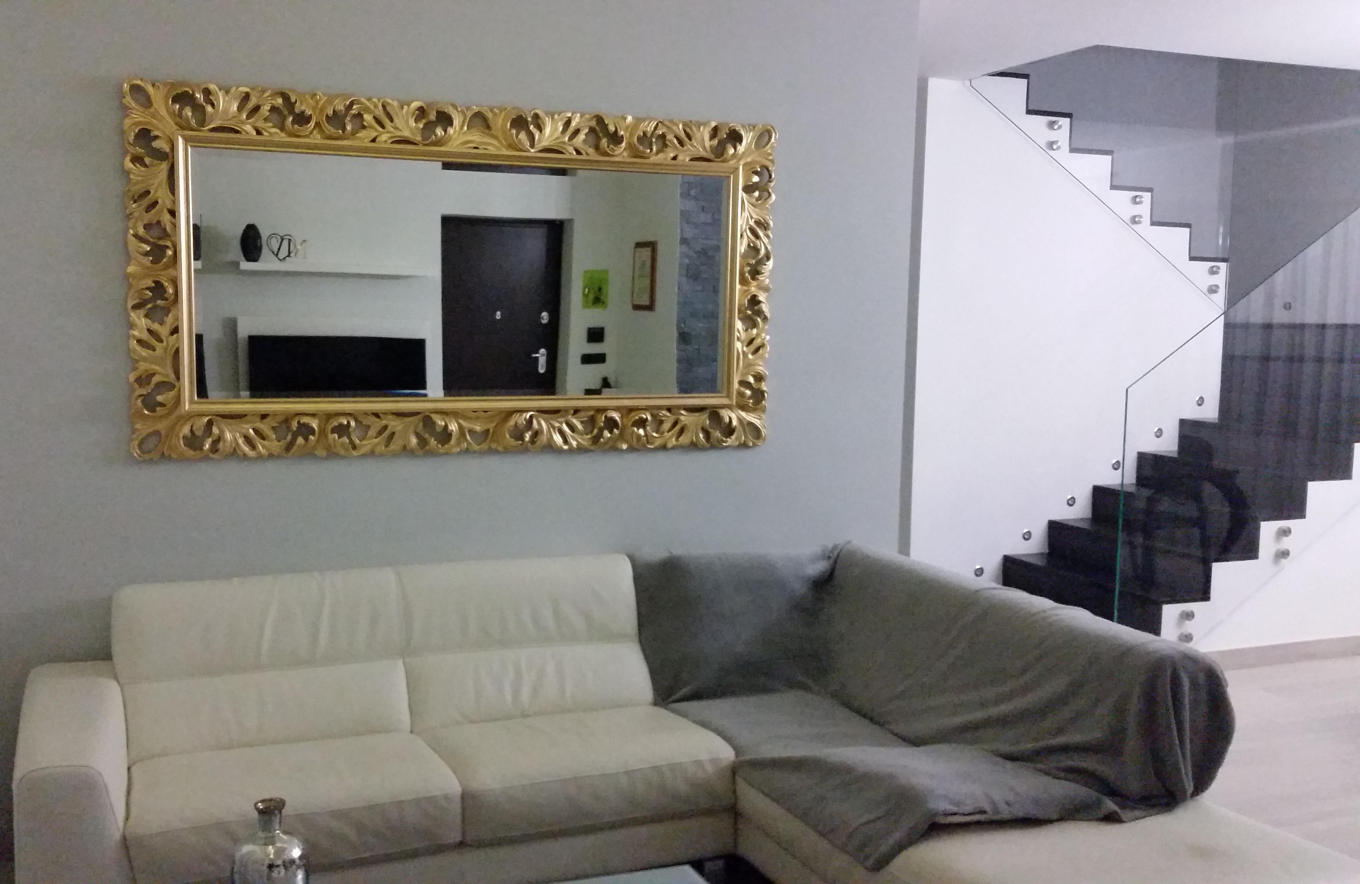 Specchio Sopra Divano.Pratelli Mobili Specchi Barocco A Confronto Idee E